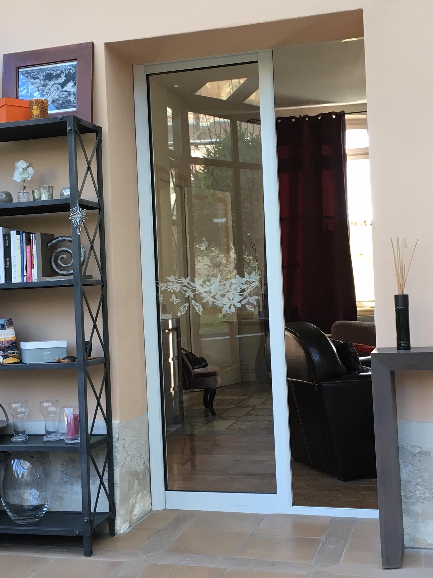 Pose d'une porte fenêtre coulissante à galandage