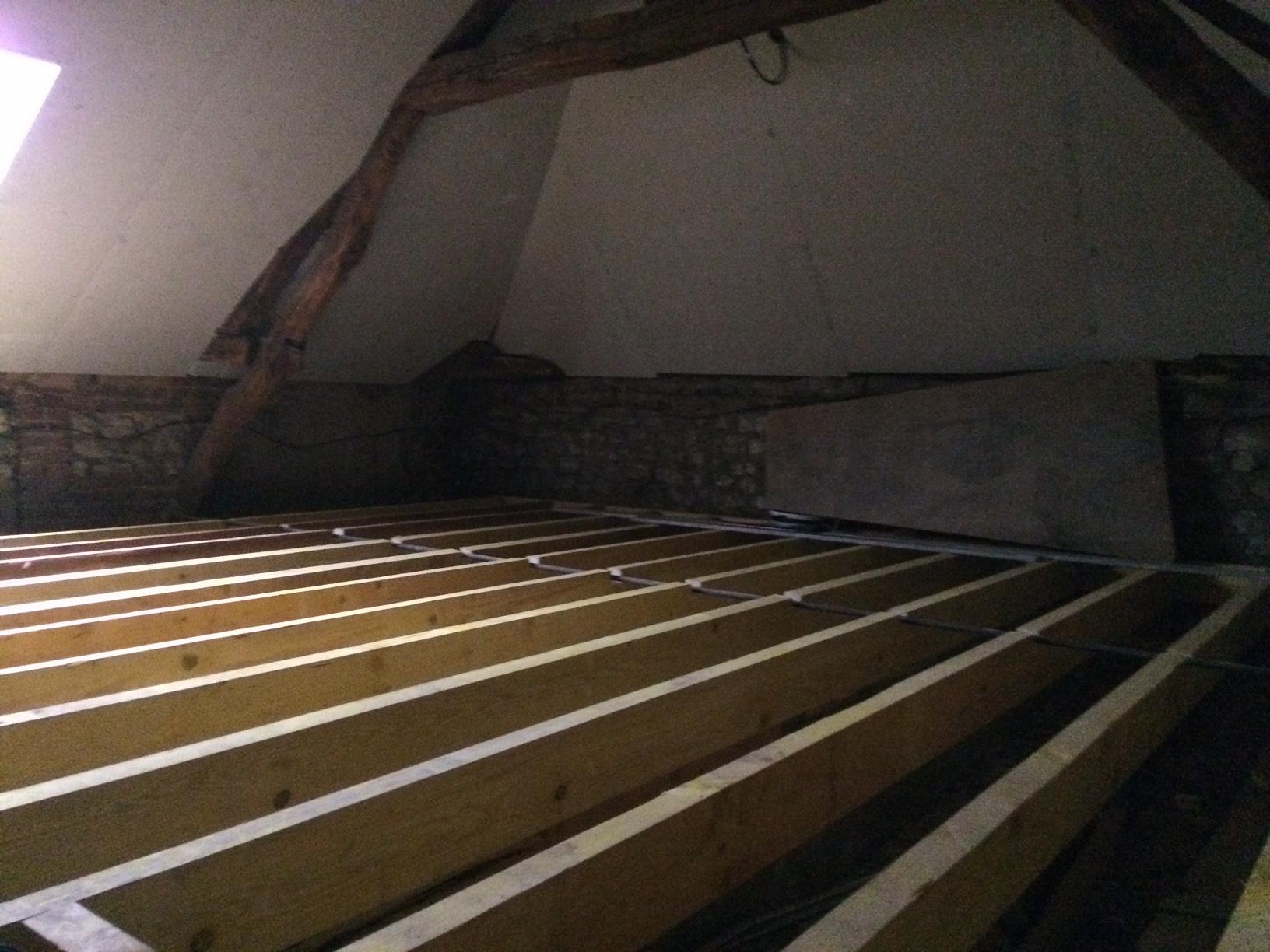 Mise en place d'un Solivage toute surface en reprise et rectification d'un plancher à Oissel près de Rouen