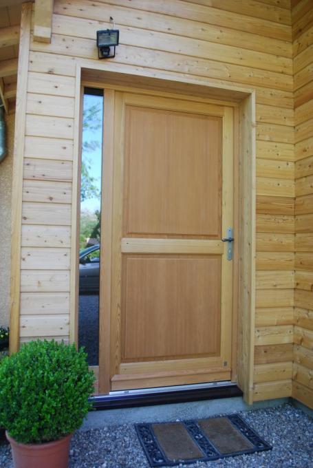 Menuiserie porte extérieure bois Rouen