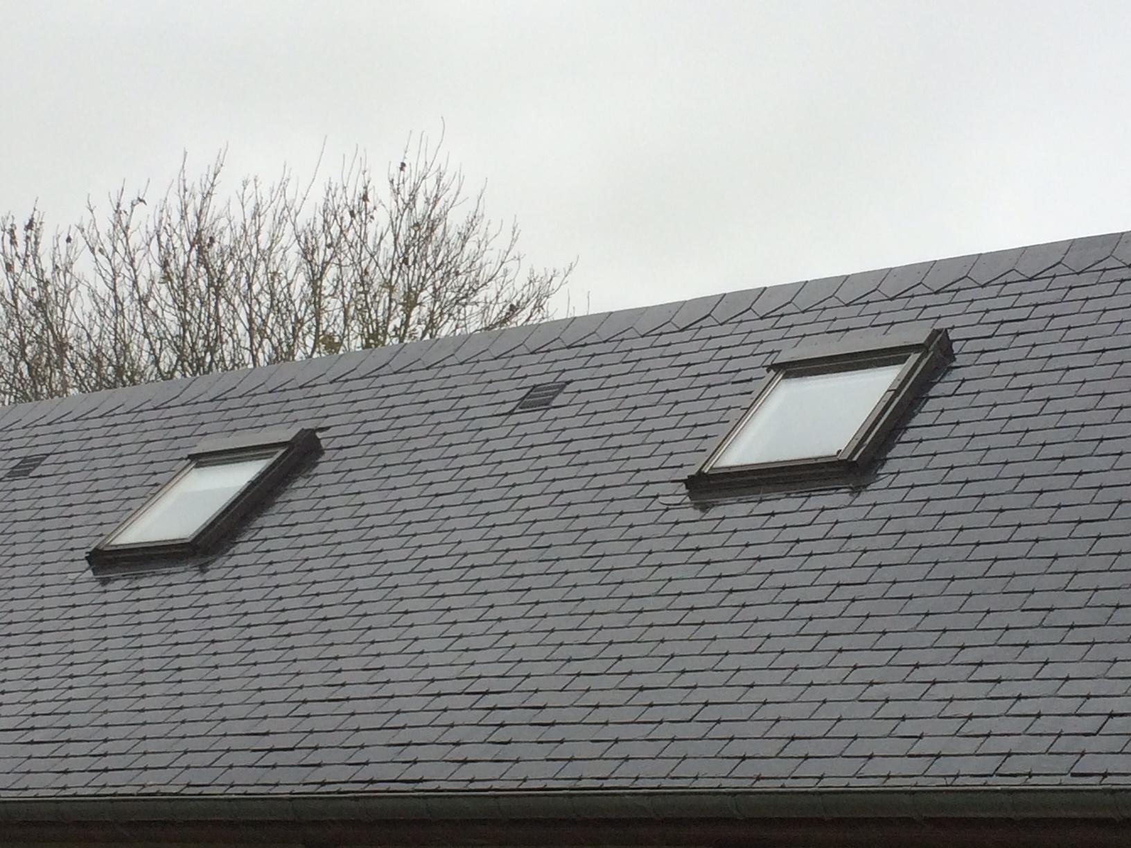 Remplacement d'une fenêtre de toit de marque Velux près d'Yvetot