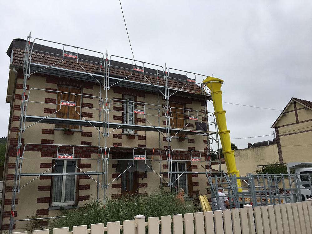 Rénovation d'une toiture en tuile terre cuite à Grand couronne - Rouen Sud